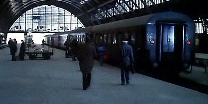Smaller Sky Mniejsze niebo 1981 train movie